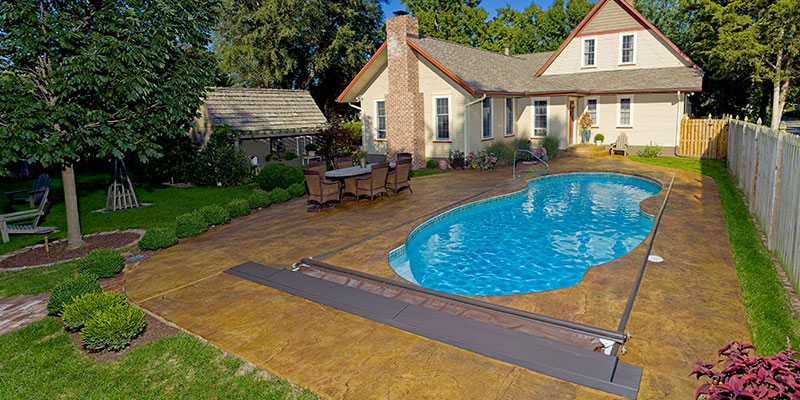A Beginner's Guide to Fiberglass Pools